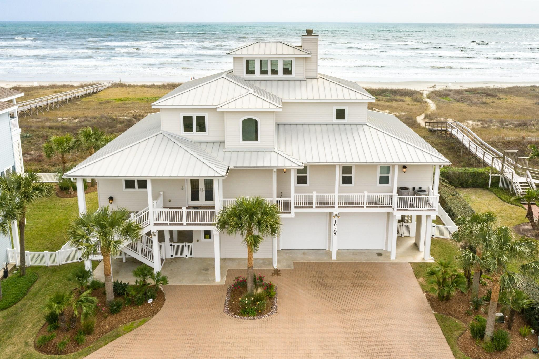 19707 Shores Drive Property Photo - Galveston, TX real estate listing