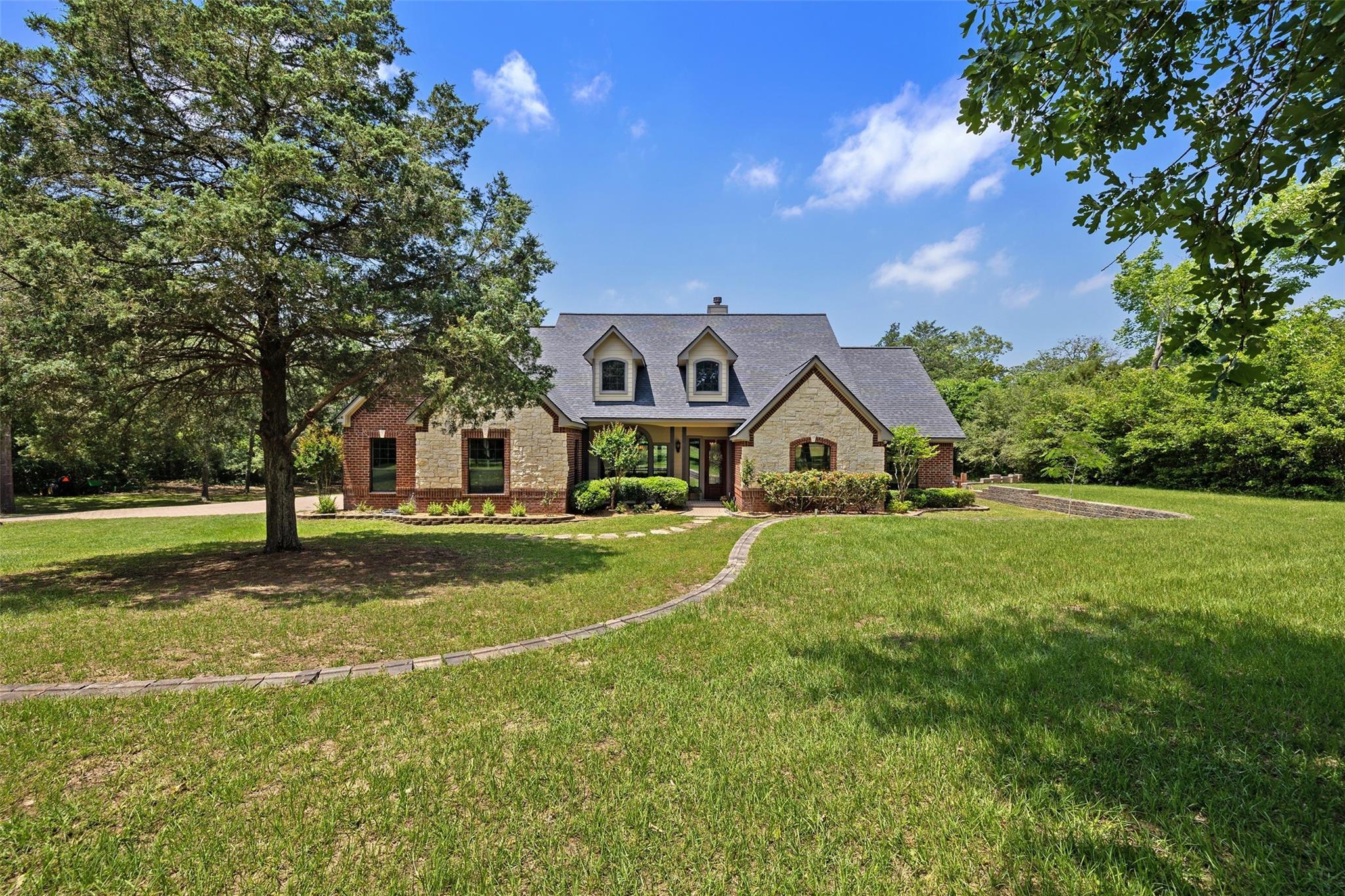 540 Walnut Drive Property Photo