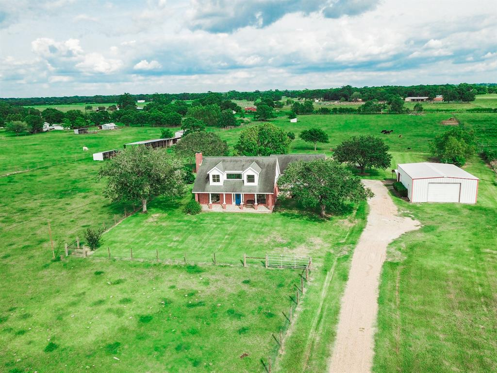 3920 Lees Lane Property Photo - Wharton, TX real estate listing