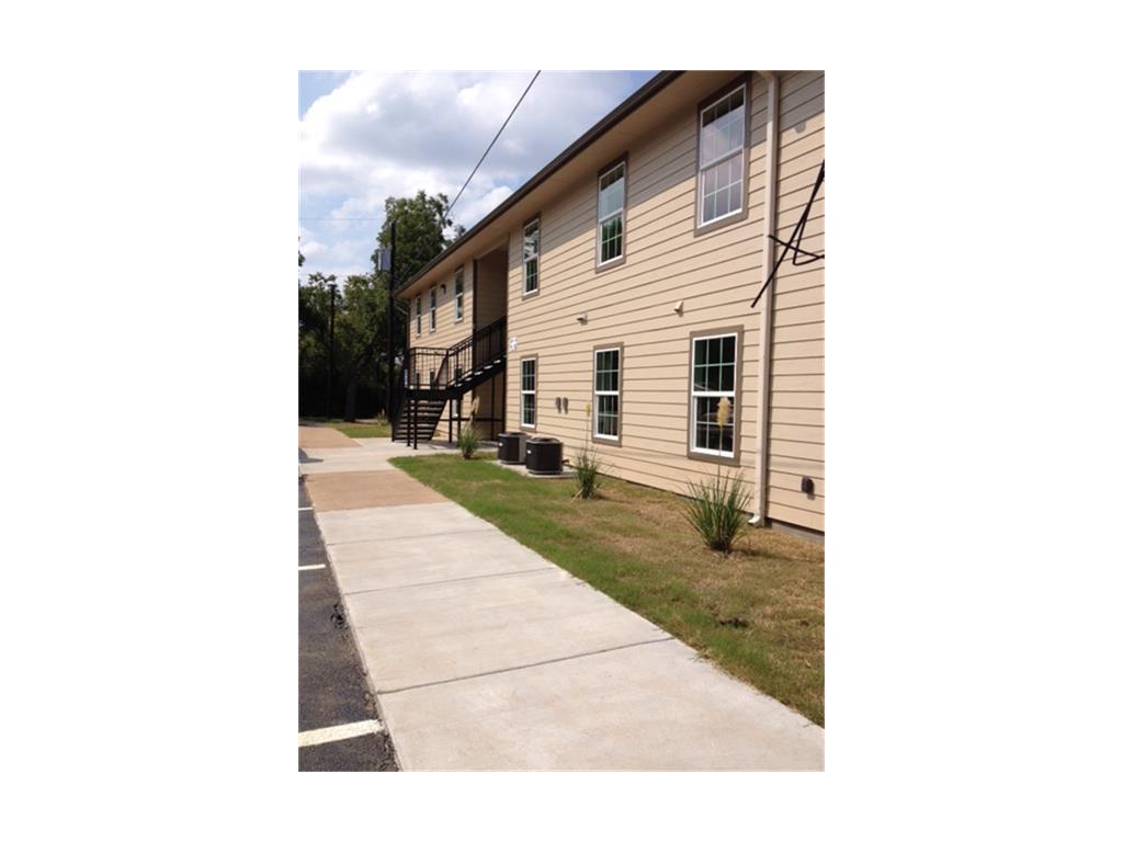 1201 W 10th Street Property Photo - Bonham, TX real estate listing