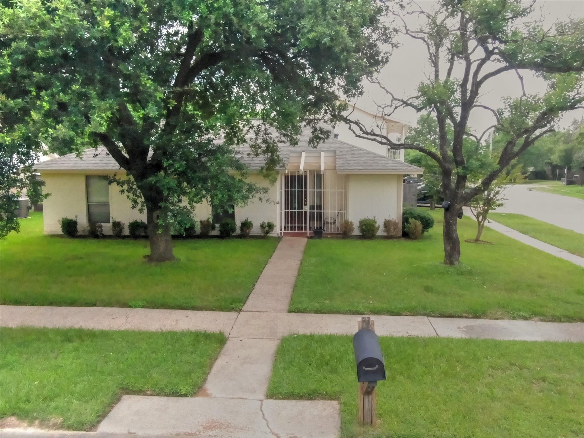 6702 Sandswept Lane Property Photo