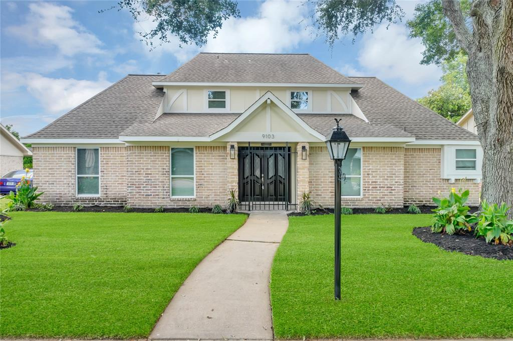 9103 Weymouth Drive Property Photo - Houston, TX real estate listing