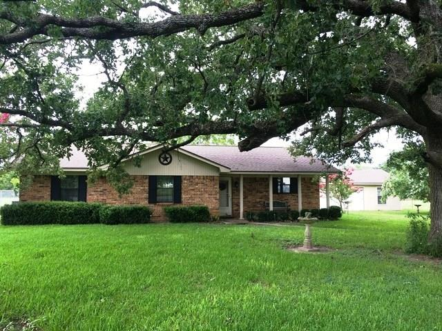 711 Fm 80 Property Photo - Teague, TX real estate listing