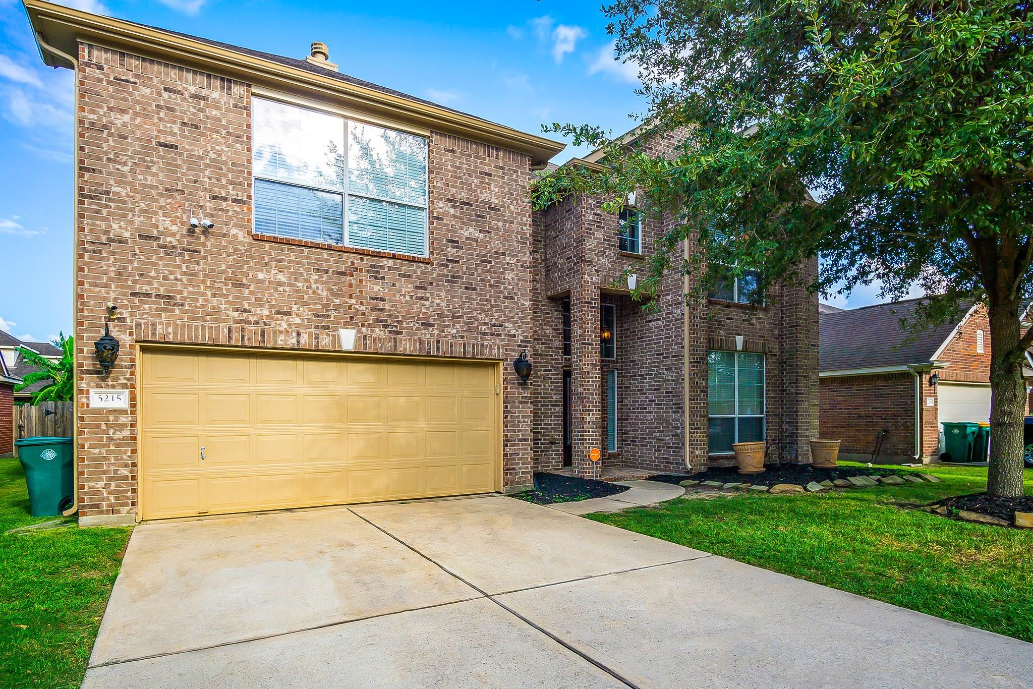 5215 Laura Lee Lane Property Photo - Pasadena, TX real estate listing