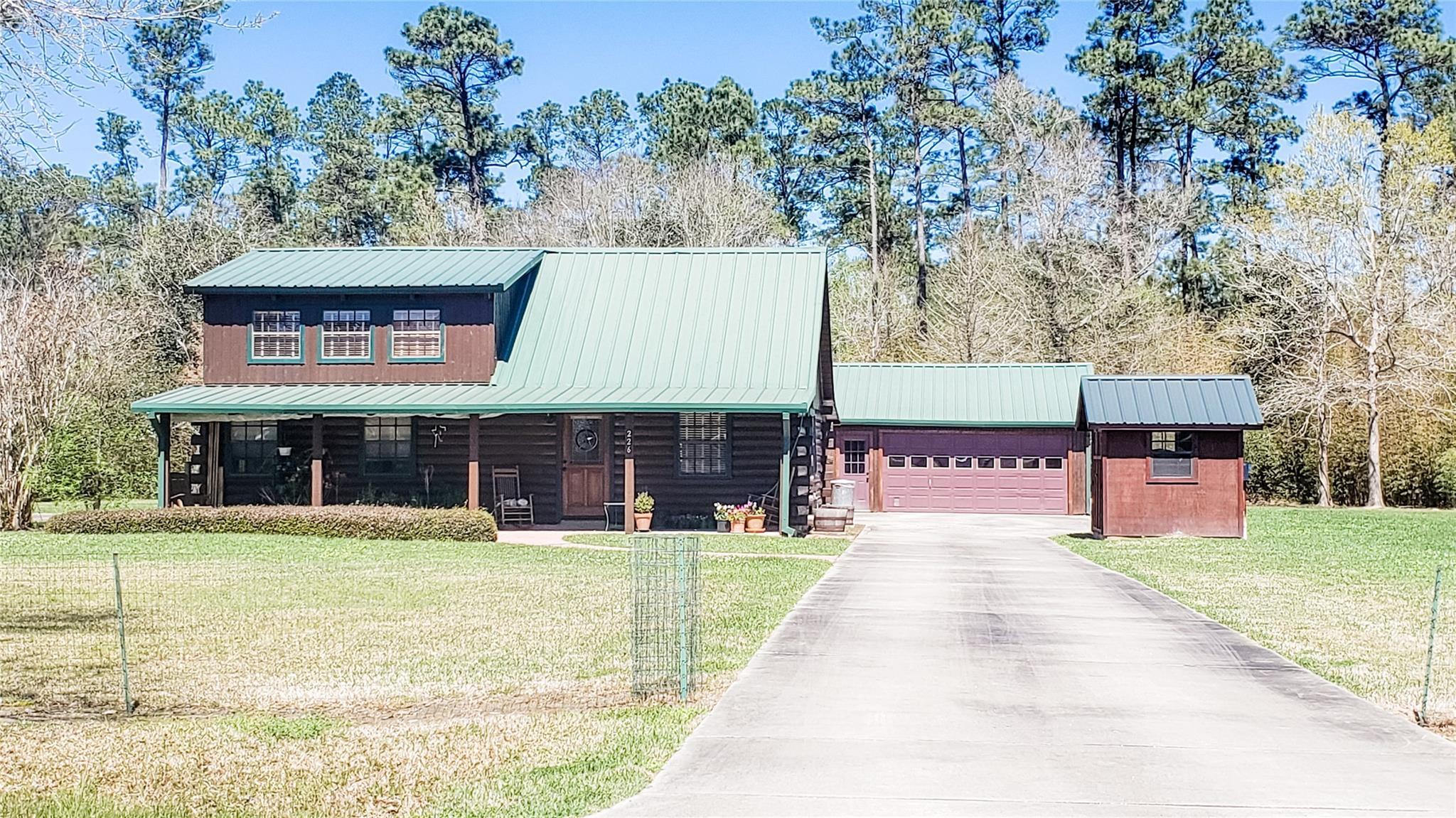 226 White Park Road Property Photo - Hankamer, TX real estate listing