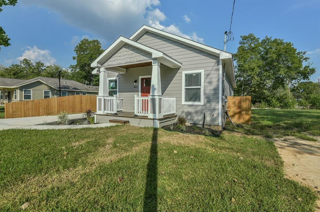 8617 Dosia Street Property Photo