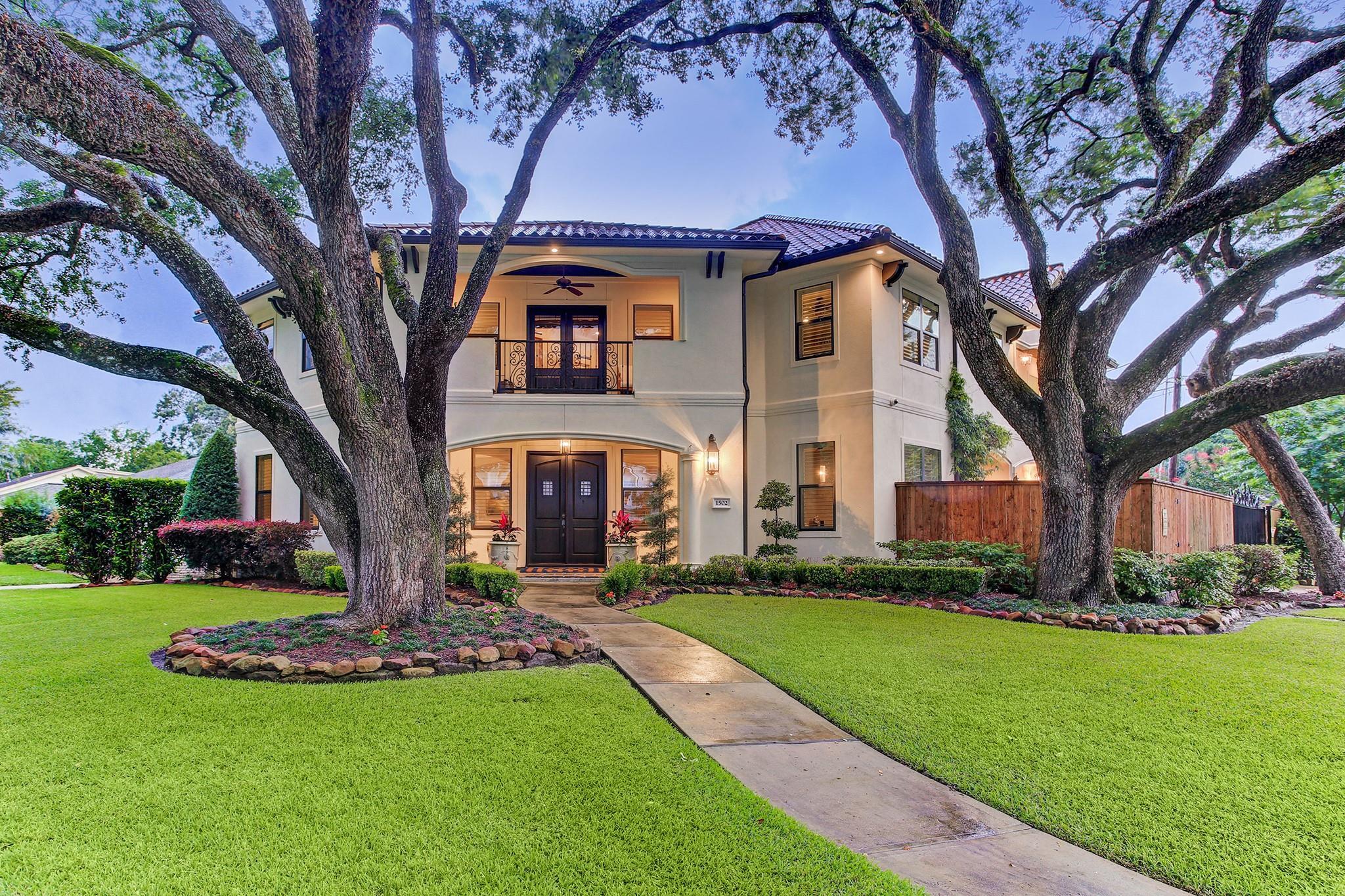 1502 Hewitt Drive Property Photo