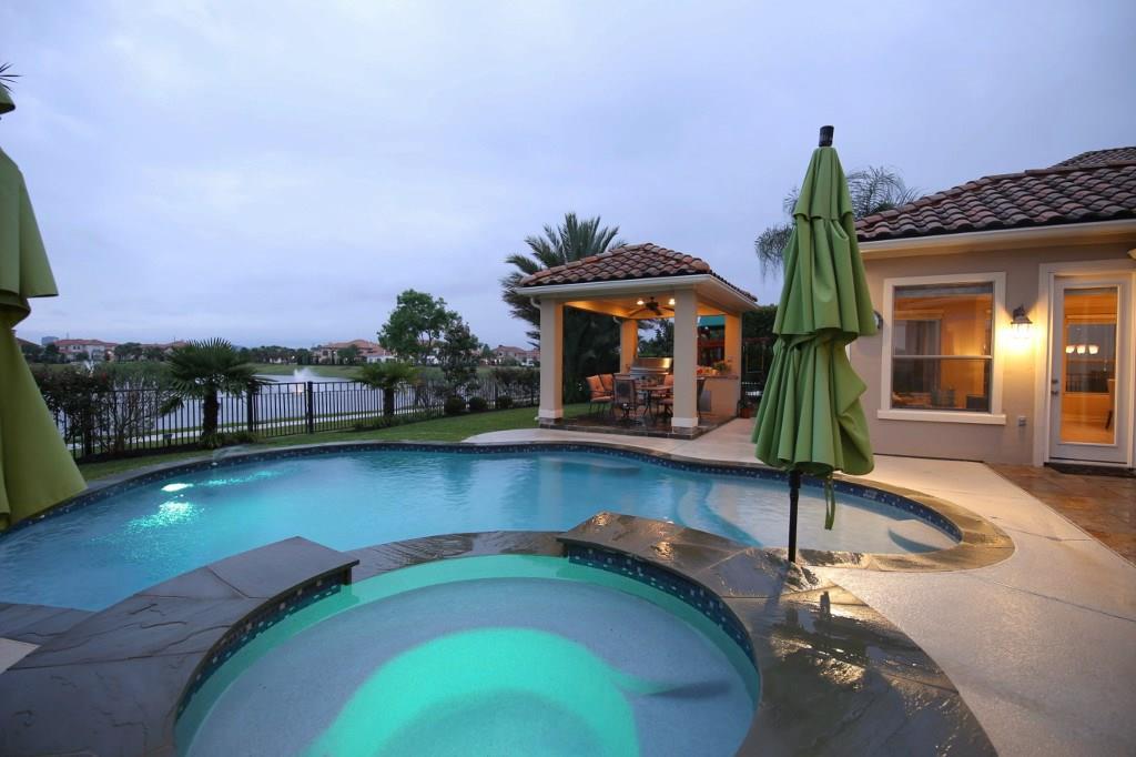 14322 Shadow Garden Lane Property Photo - Houston, TX real estate listing