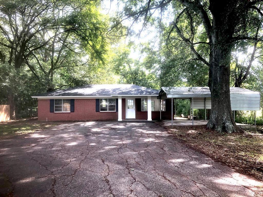 5718 E Main Street Property Photo - Nacogdoches, TX real estate listing