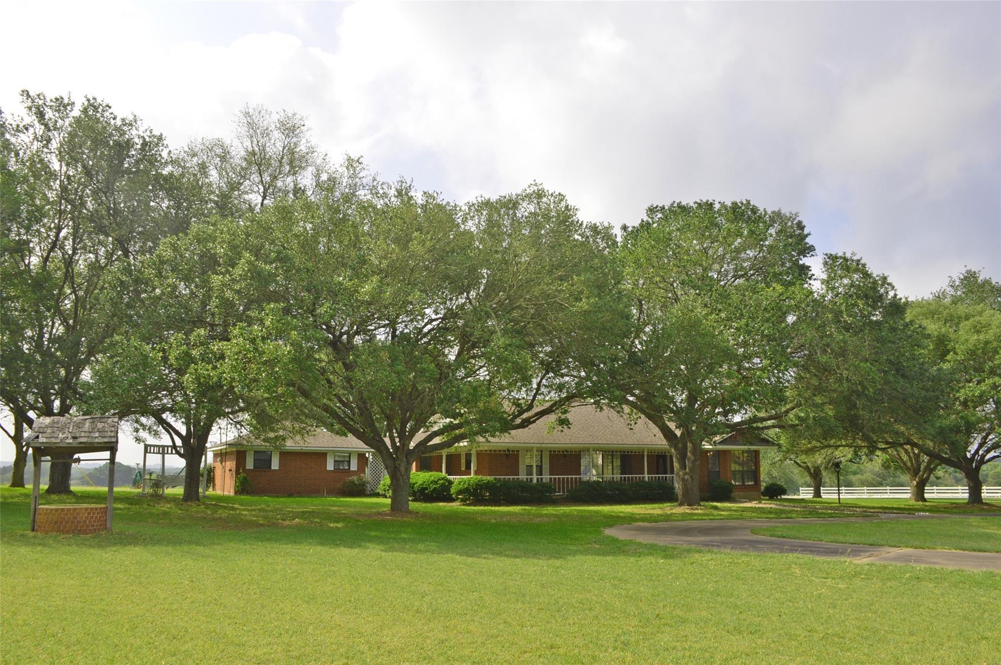 3717 Mockingbird Lane Property Photo