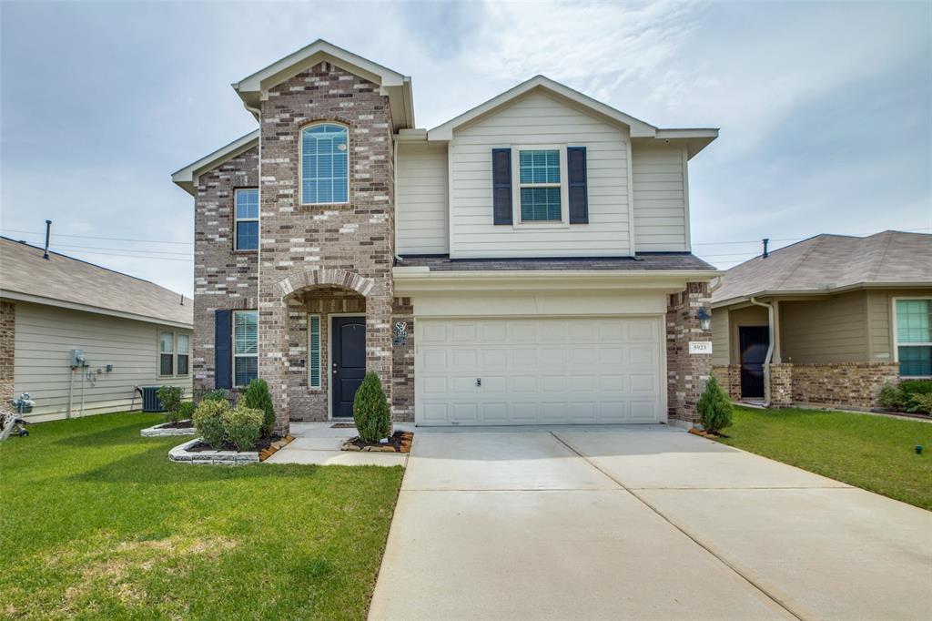 5923 Carpenters Cove Lane Property Photo - Houston, TX real estate listing