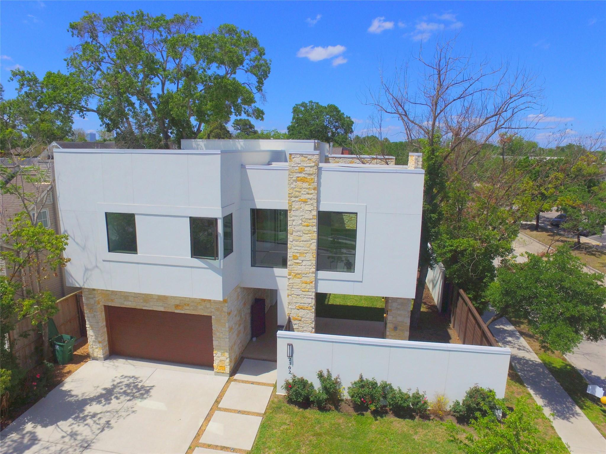 2302 Sheridan Street Property Photo - Houston, TX real estate listing