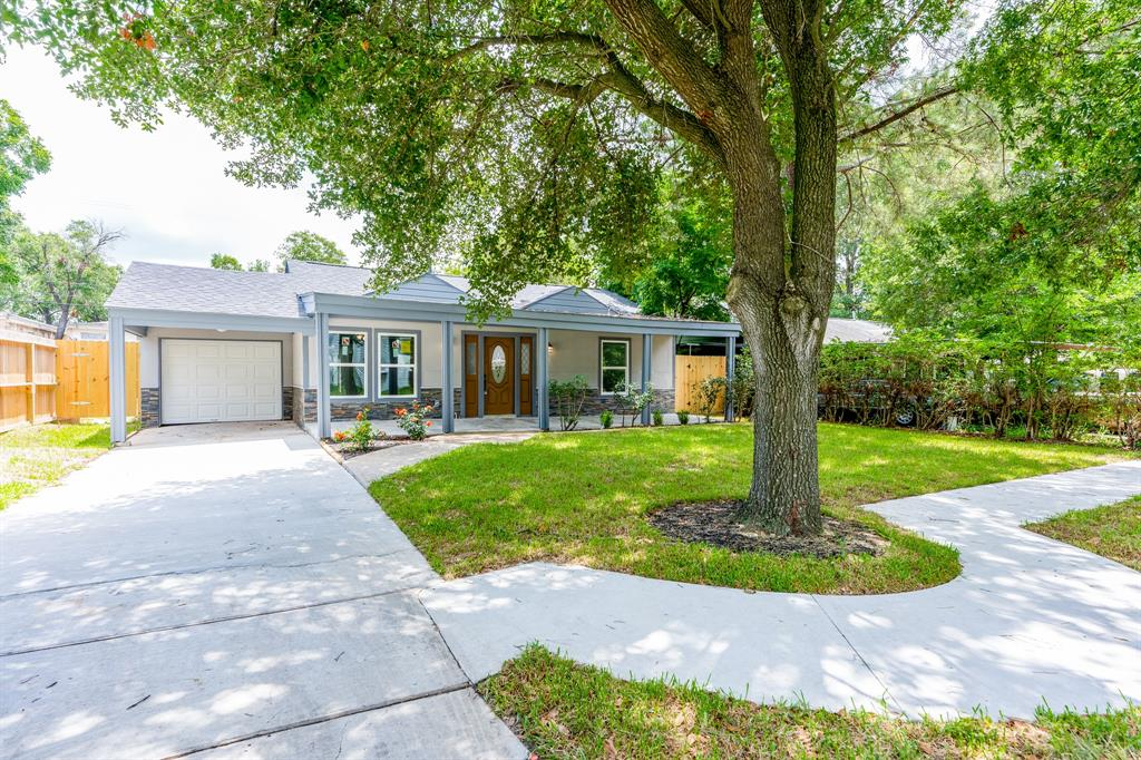 3059 Roe Drive Property Photo - Houston, TX real estate listing