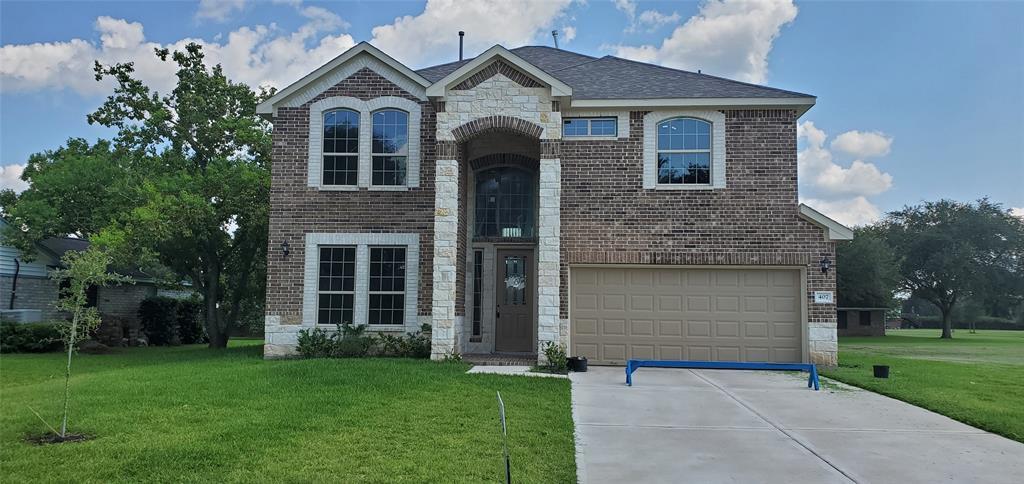407 Buena Vista Property Photo - West Columbia, TX real estate listing