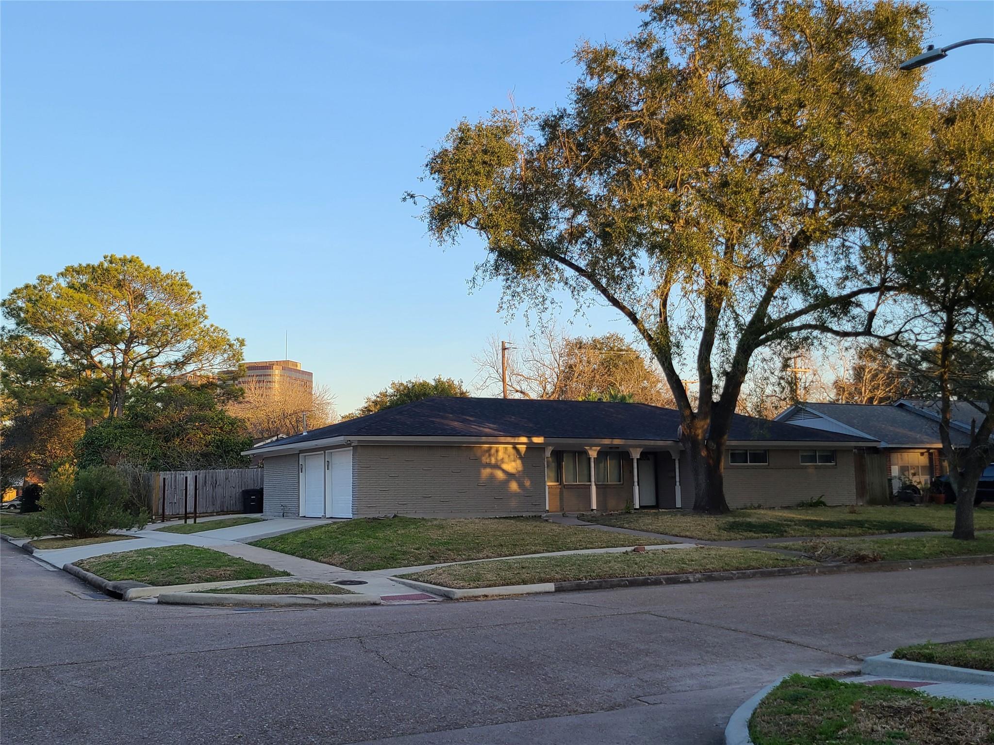 7103 Tours Street Property Photo
