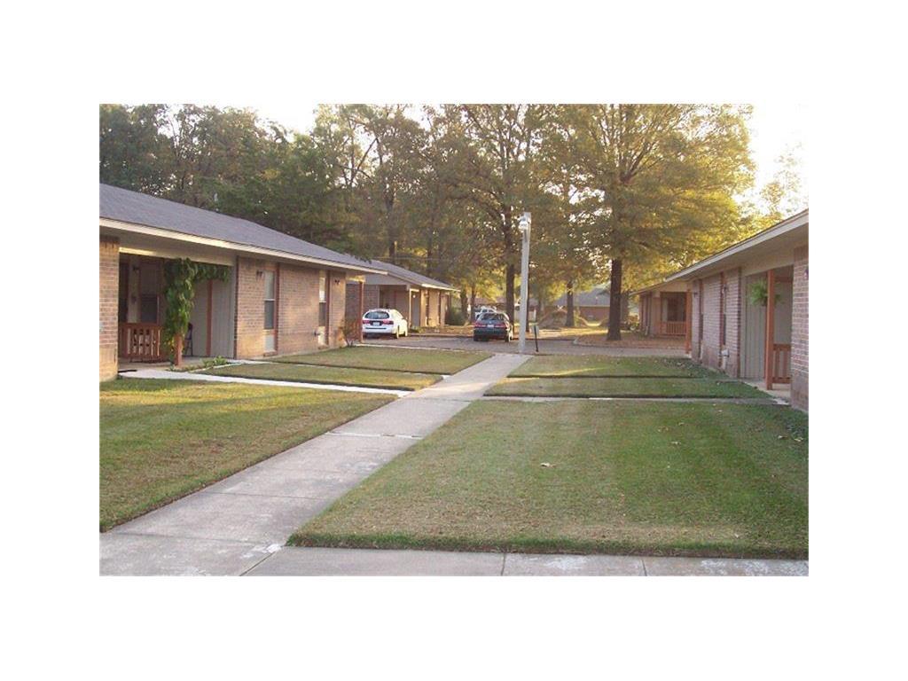 Hooks Real Estate Listings Main Image