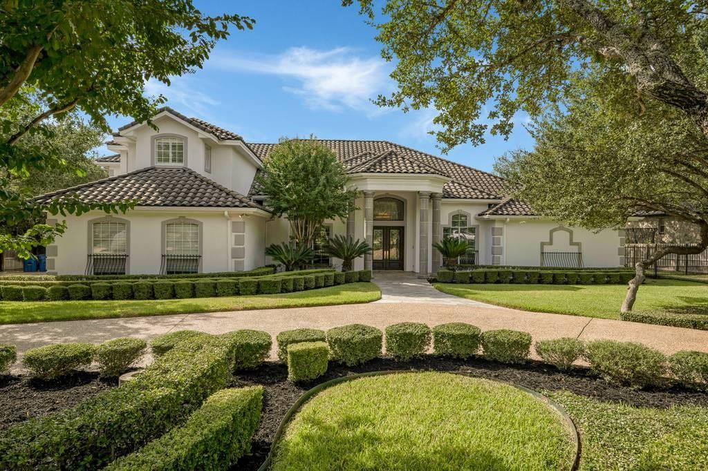 315 Pagoda Oak Property Photo - Shavano Park, TX real estate listing