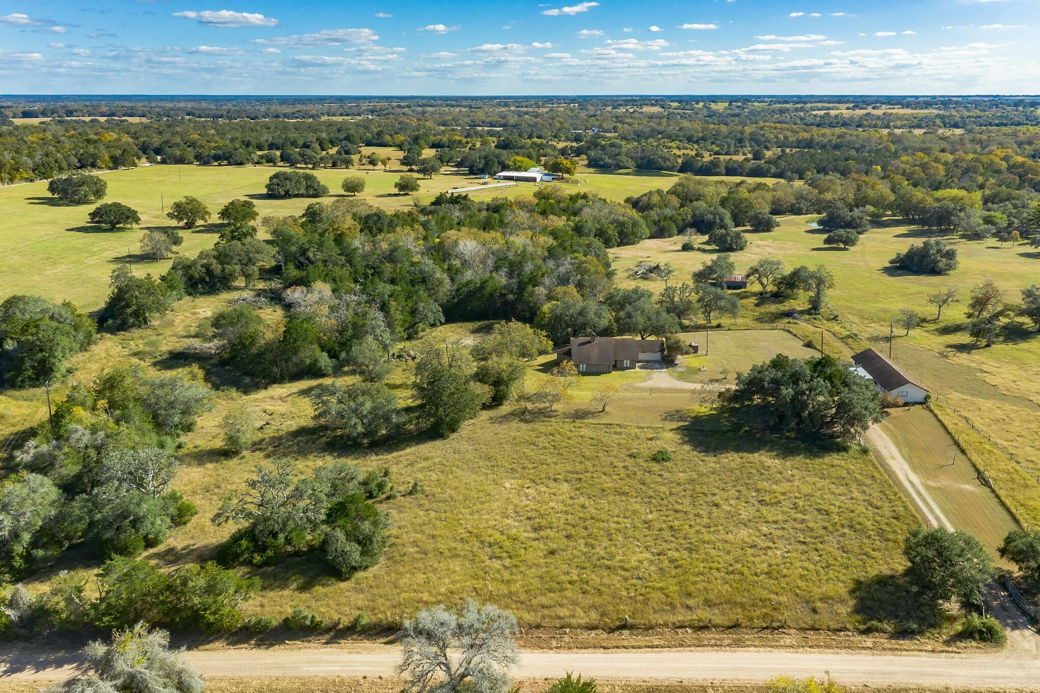 1637 County Road 221 Property Photo - Schulenburg, TX real estate listing
