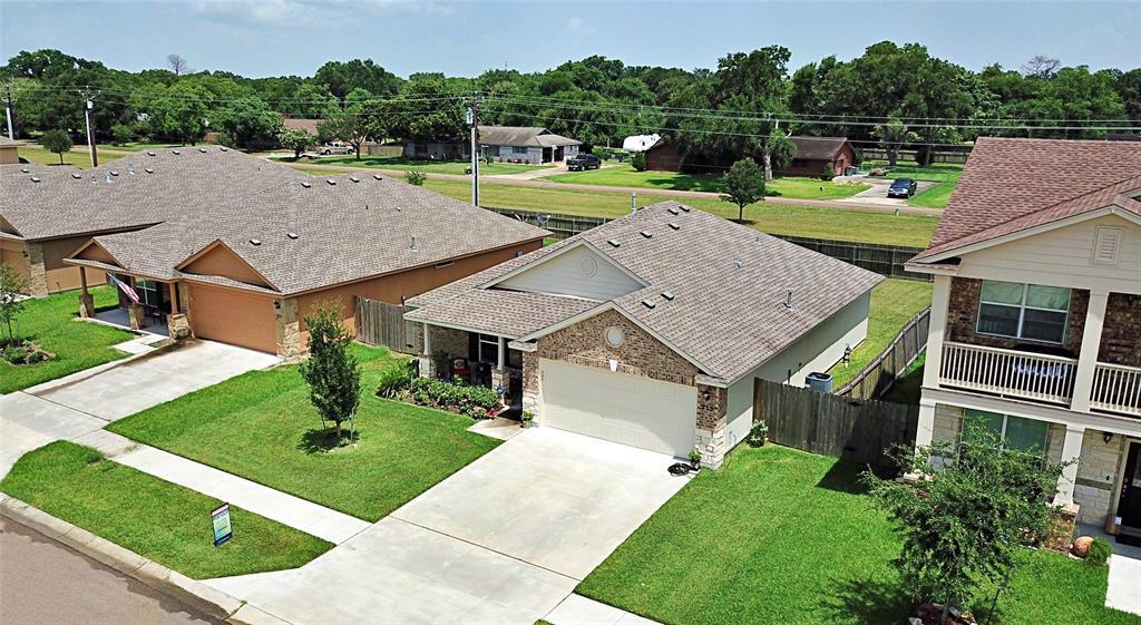 215 Cobble Stone Court, Victoria, TX 77904 - Victoria, TX real estate listing