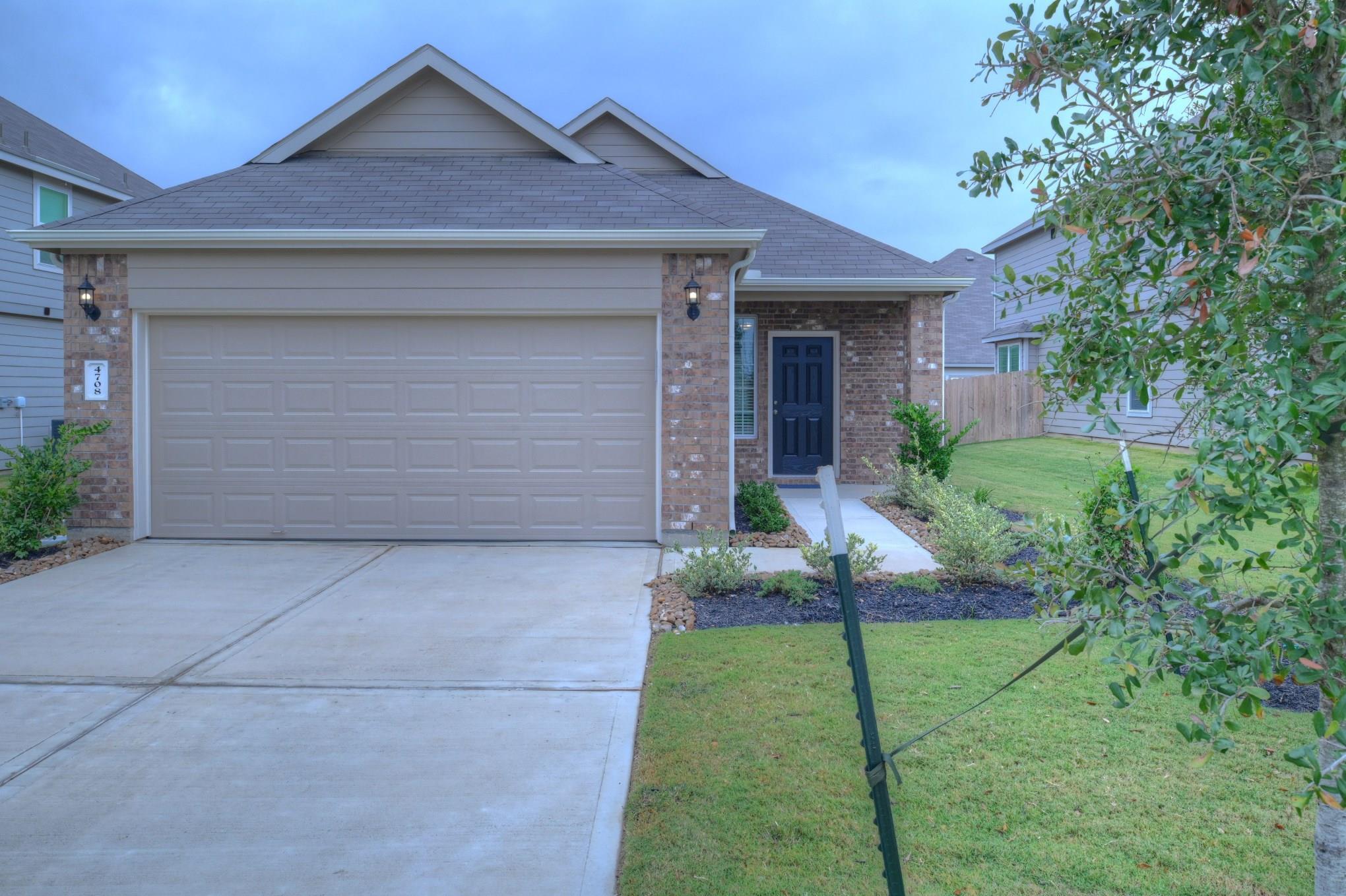 4708 Los Pines Way Property Photo - Bryan, TX real estate listing