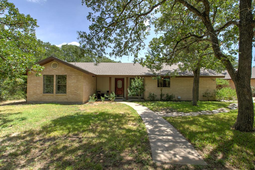 1211 County Road 205, Giddings, TX 78942 - Giddings, TX real estate listing