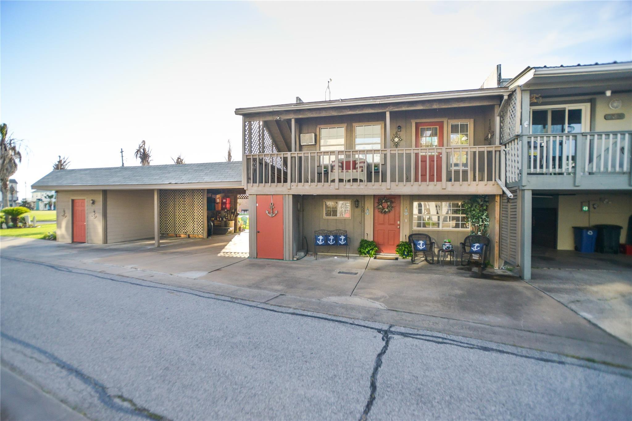 50 Harbor Circle Property Photo 1