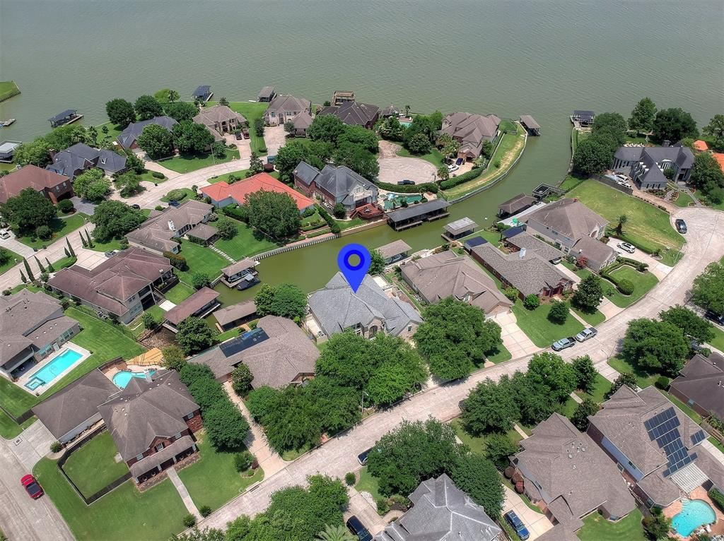 20522 Riverside Pines Drive Property Photo - Houston, TX real estate listing