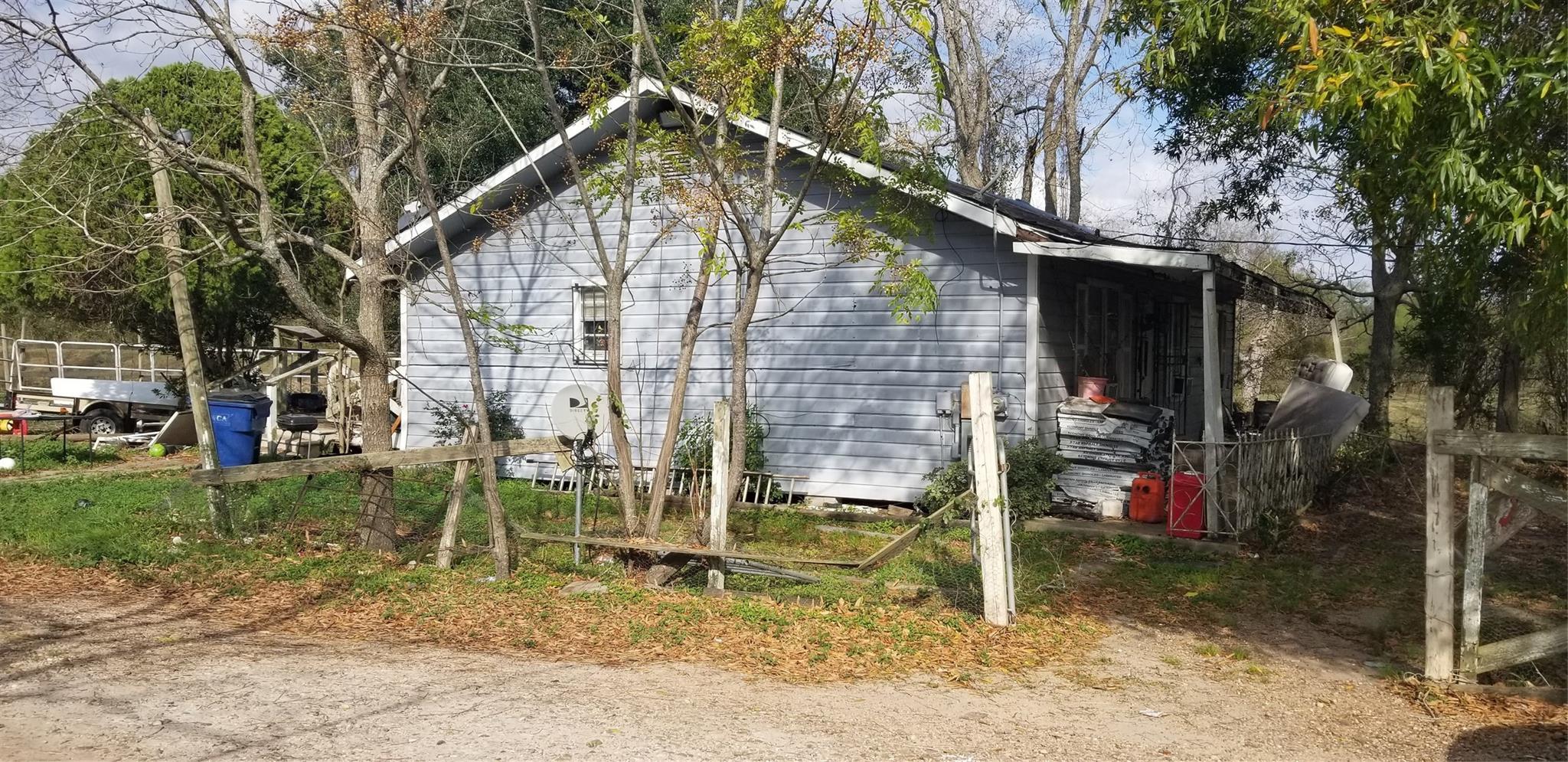 13106 3rd Street Property Photo - Kendleton, TX real estate listing