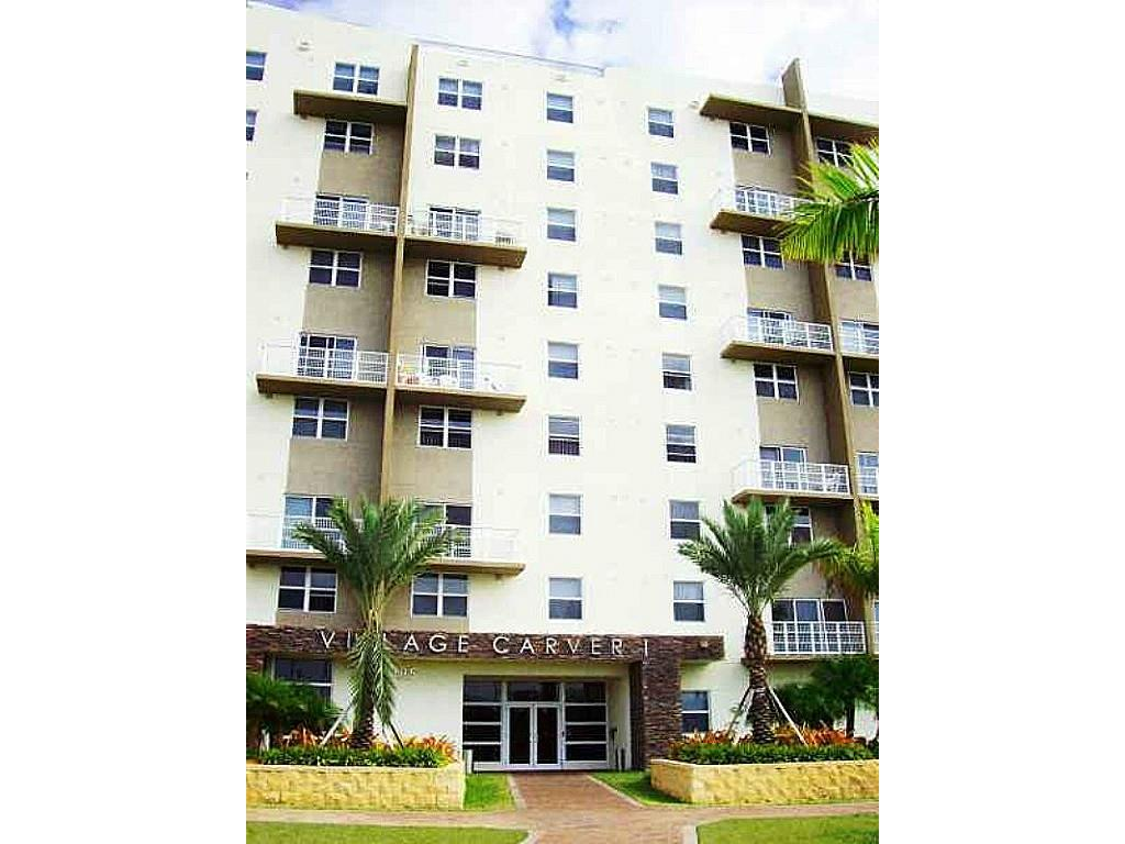 33150 Real Estate Listings Main Image