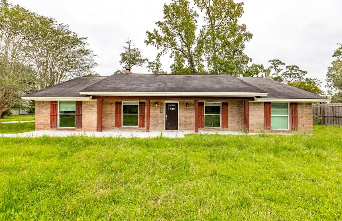 450 Piney Point Drive Property Photo