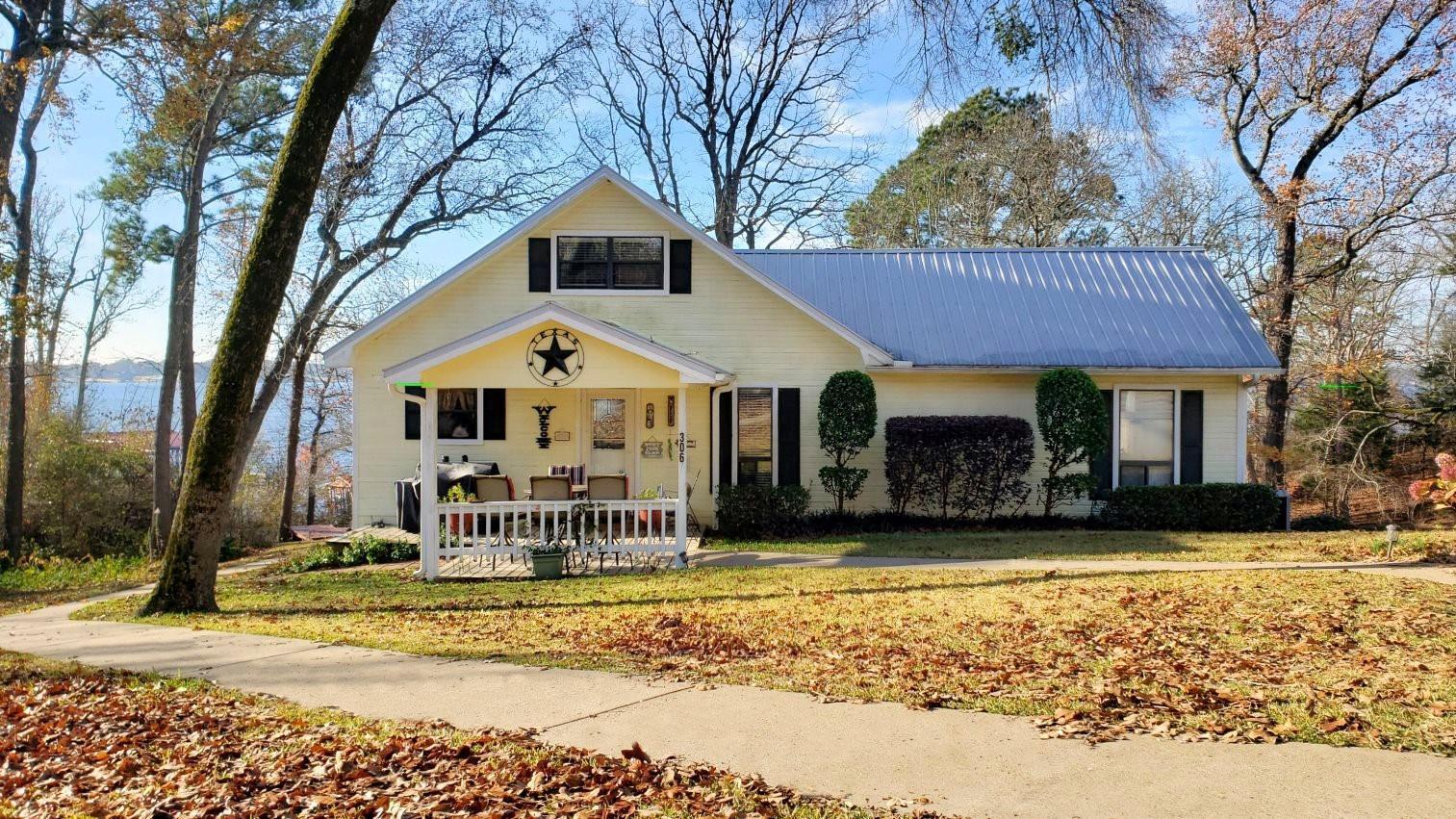 306 Christine Drive Property Photo - Bullard, TX real estate listing