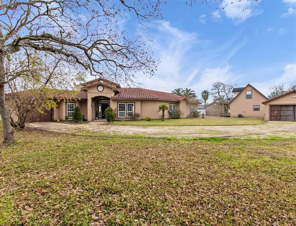 10000 Ocean Drive, Beach City, TX 77523 - Beach City, TX real estate listing