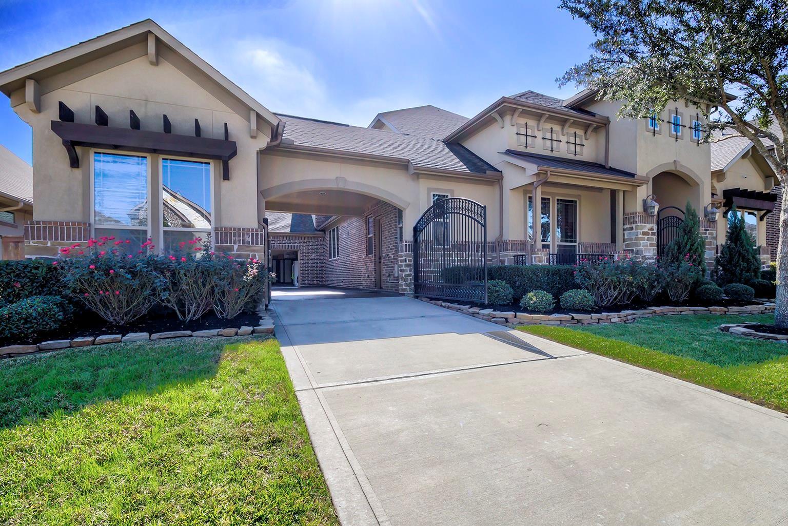 23535 Bellina Drive Property Photo