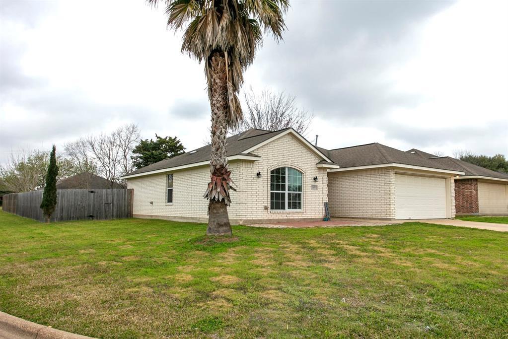 1436 Cedarcrest Lane, Bryan, TX 77803 - Bryan, TX real estate listing