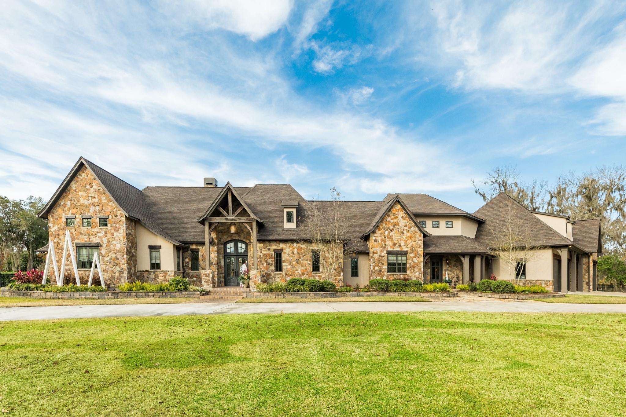 Lake Jackson Real Estate Listings Main Image