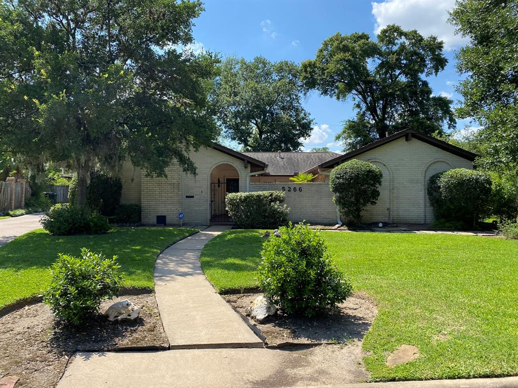 5266 Cripple Creek Court Property Photo - Houston, TX real estate listing