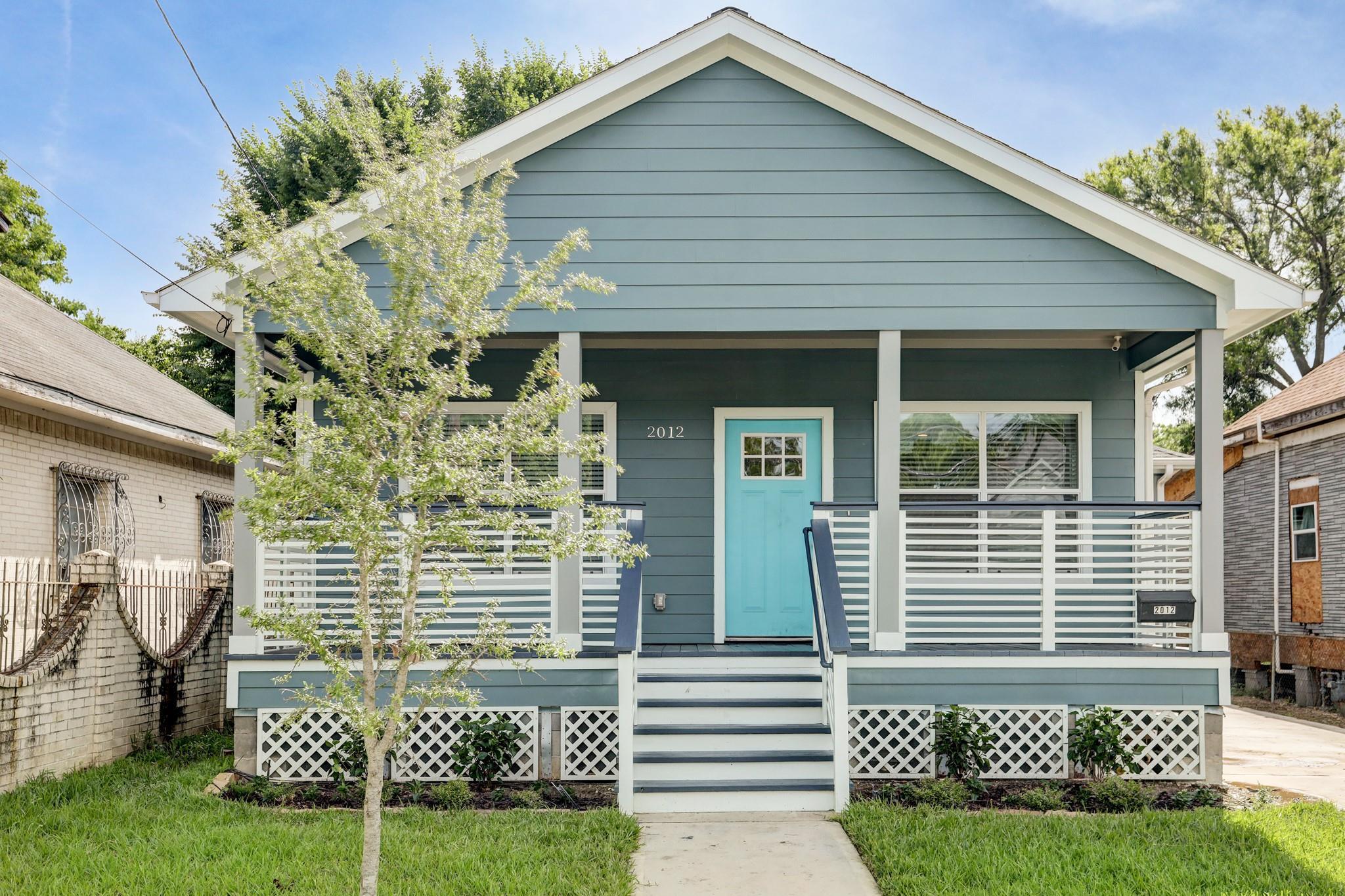 2012 Common Street Property Photo