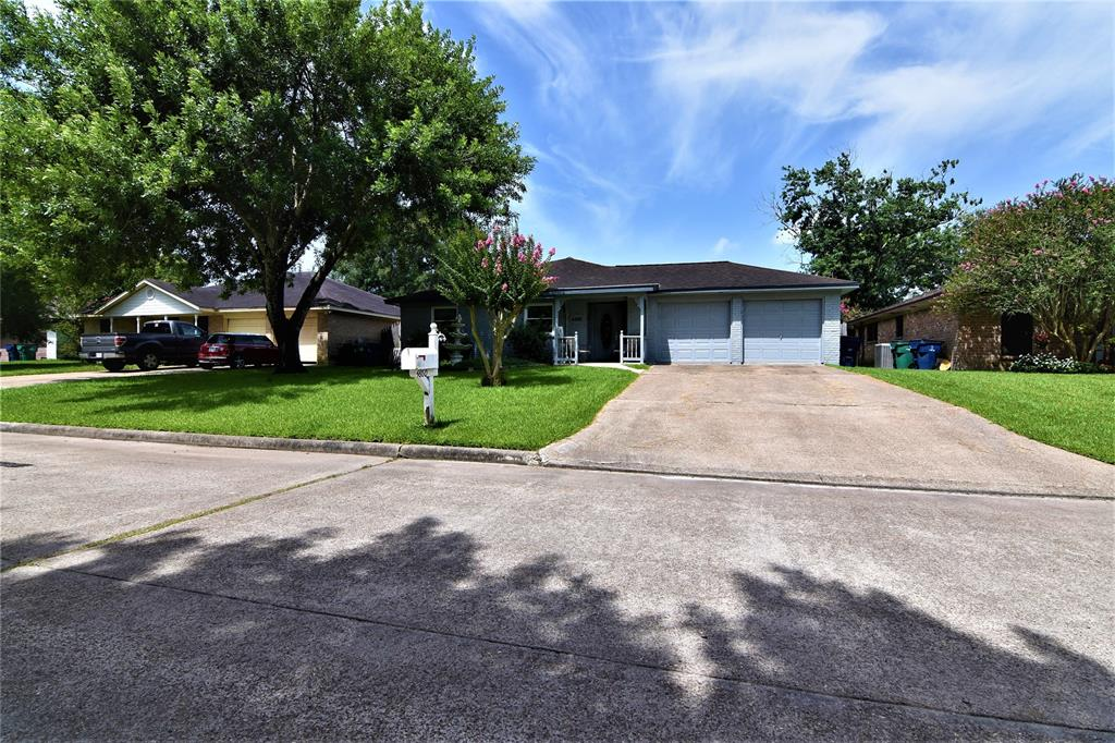 4860 Slade Ben Lane Property Photo - Alvin, TX real estate listing