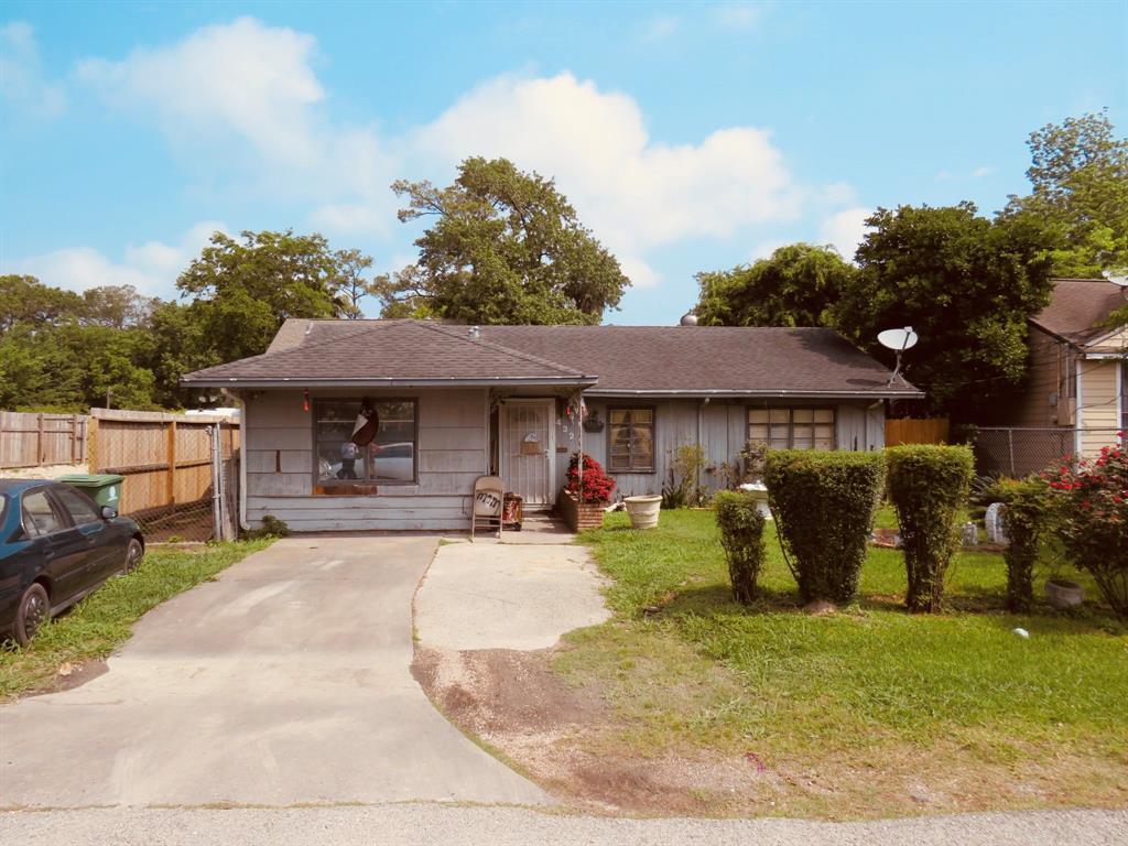 432 Truman Street Property Photo