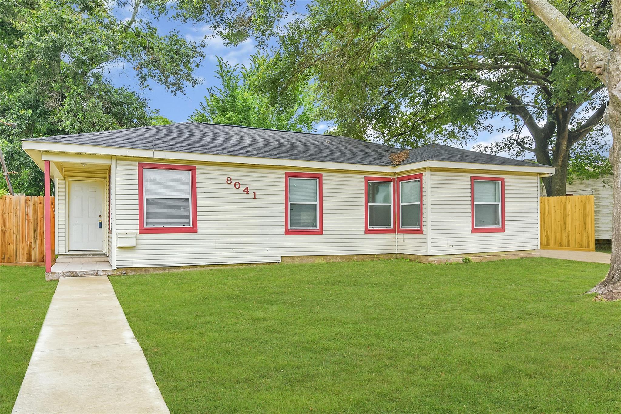 8041 Howard Drive Property Photo
