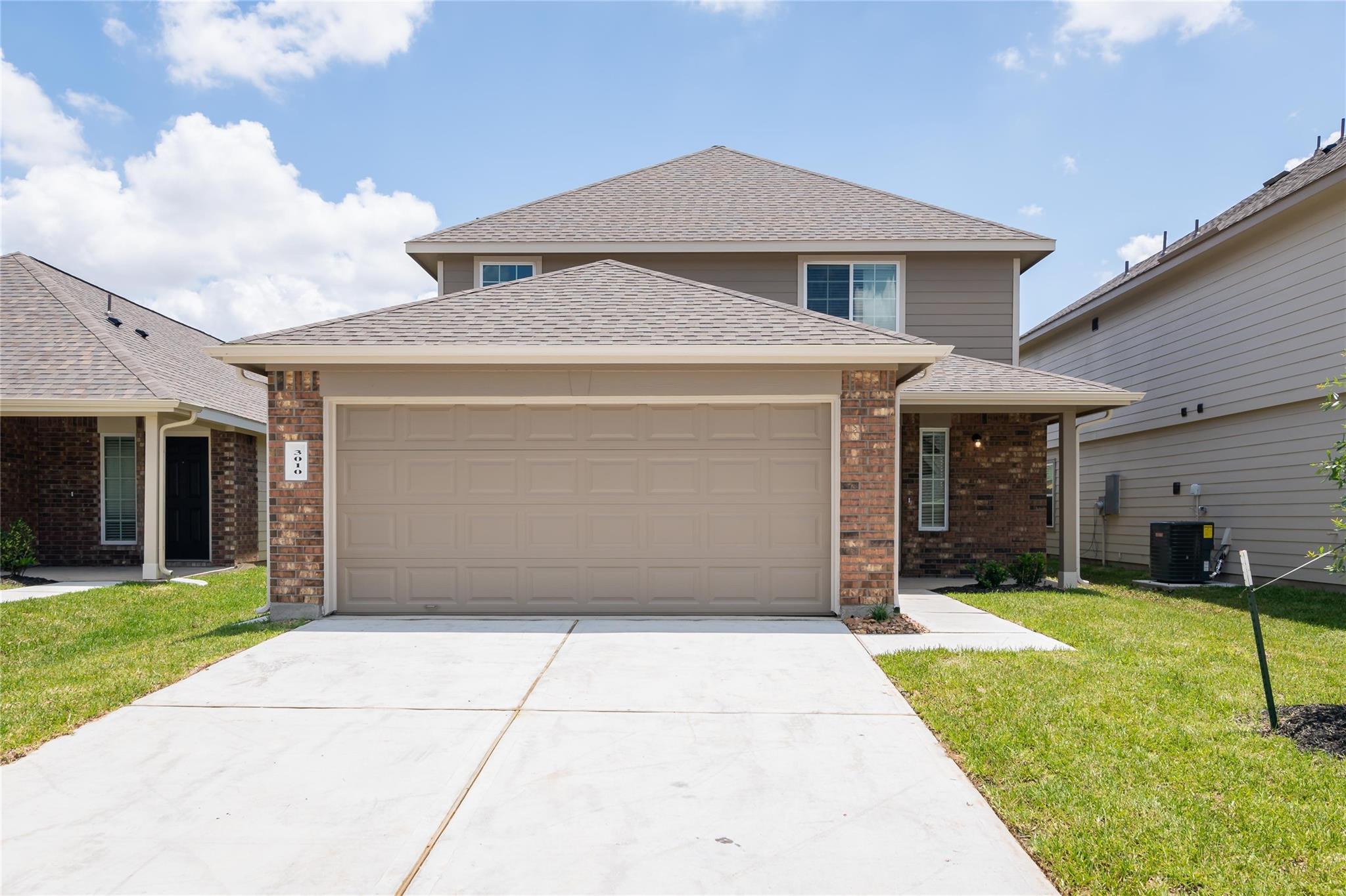 77943 Real Estate Listings Main Image