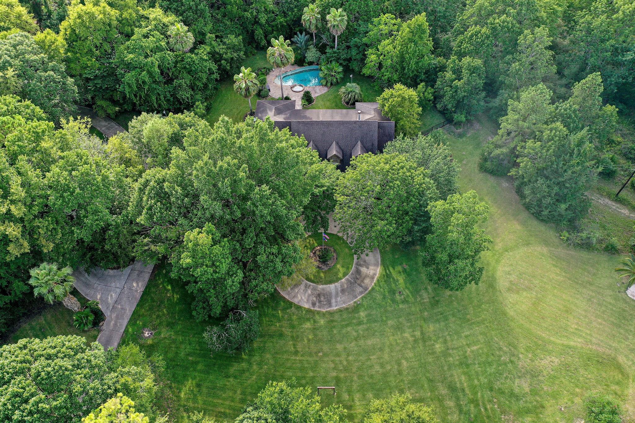 230 S Pine Lake Road Property Photo
