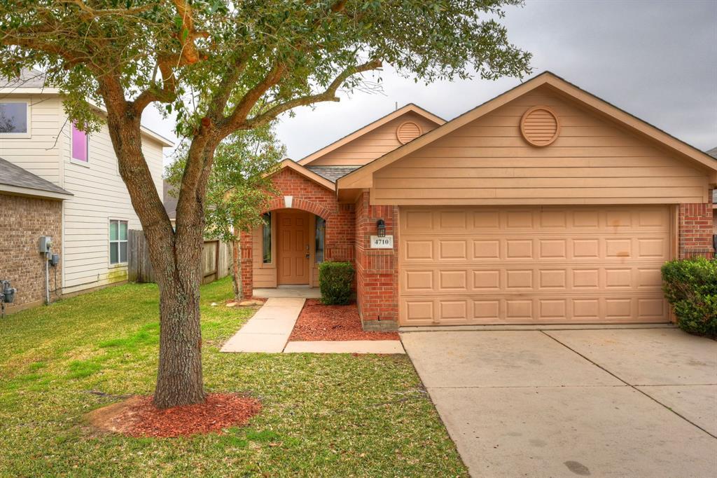 4710 Chisholm Hollow, Fresno, TX 77545 - Fresno, TX real estate listing