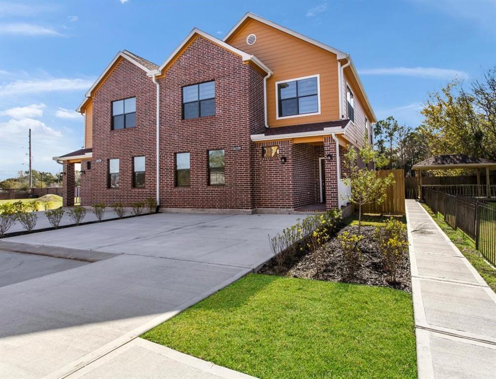 11622 Ogunnowo Lane #B Property Photo - Houston, TX real estate listing
