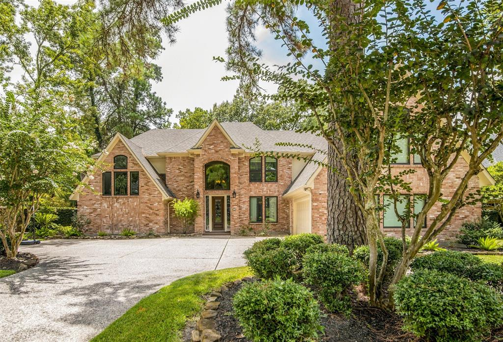 2015 Mount Forest Drive Property Photo - Kingwood, TX real estate listing