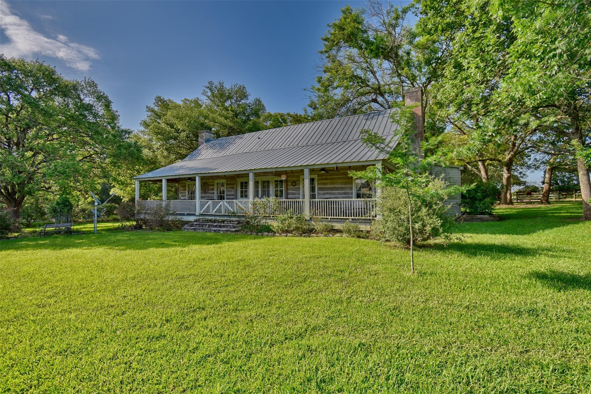 1711 Hwy 237 Road Property Photo - Round Top, TX real estate listing