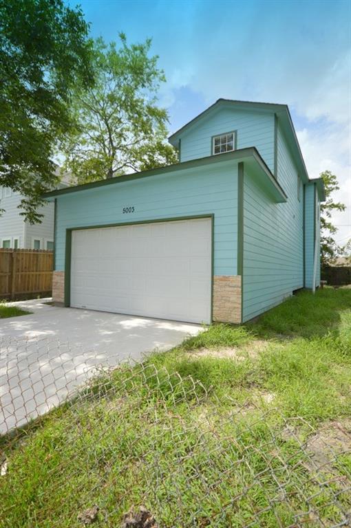 5003 Higgins Street Property Photo - Houston, TX real estate listing