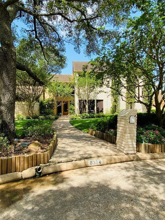 8314 Fawn Terrace Drive #H Property Photo - Houston, TX real estate listing