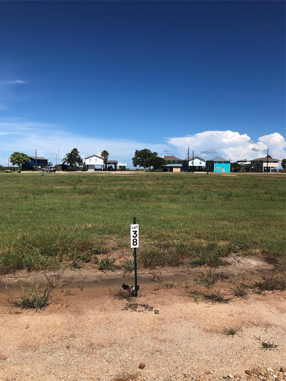 138 Pr 687 Property Photo