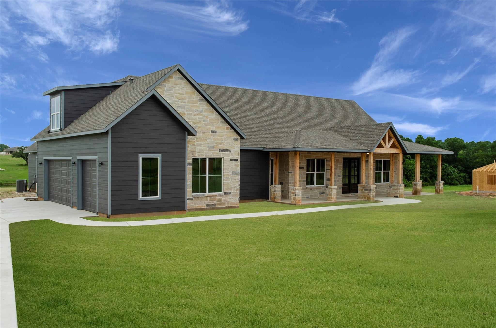00 Garrett Circle Property Photo 1